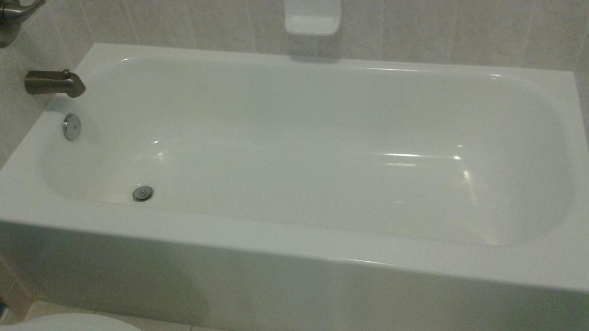 Bathtub Refinishing by Richard Libert Painting Inc.