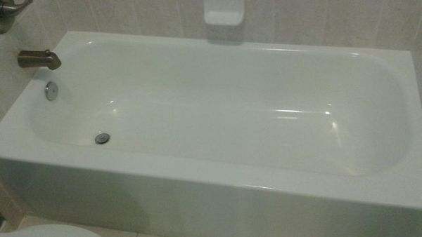 Tub Refinished in Tampa, FL (1)