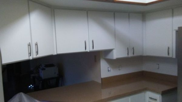 Cabinet Refinishing & Back Splash Reglazing in Tampa, FL (1)