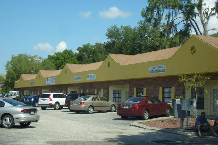 Commercial Exterior Painting Strip Mall of Office Buildings Tampa, FL
