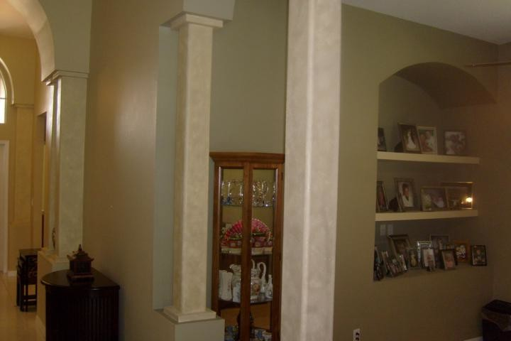 Residential Interior custom painting with faux highlights in Westchase area of Tampa
